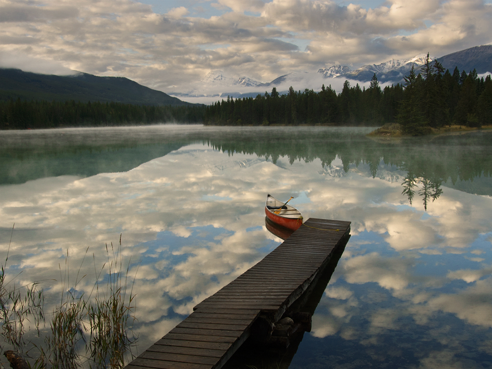 canoe on Lake Edith, Jasper National Park